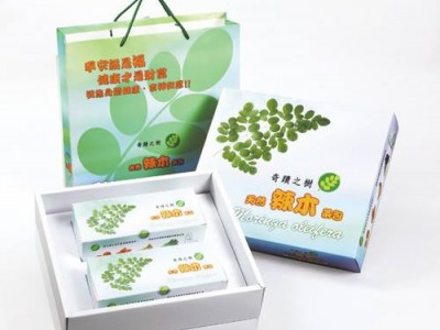 【達鵬易購網】三鳳純天然辣木茶包大禮袋精裝(2盒入/每盒30小包/每小包2.7g)